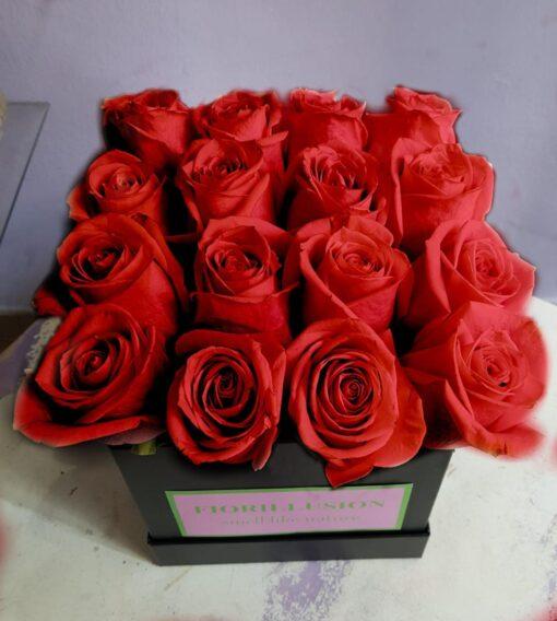 Flower box scatola rose rosse
