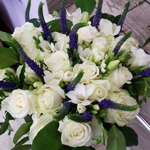 Berlino bouquet rose bianche