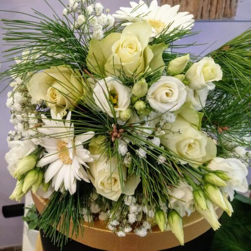 Matera bouquet total white rose bianche