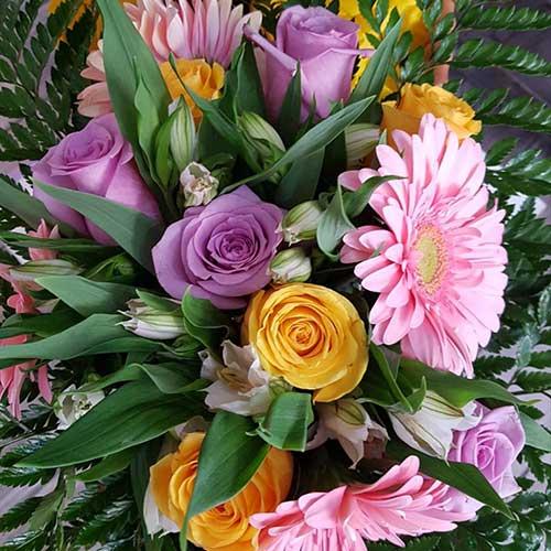 Bouquet rose gerbere alstroemeria