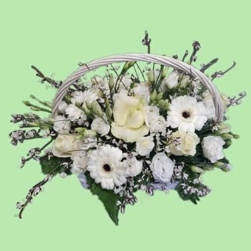 Cestino di fiori total white